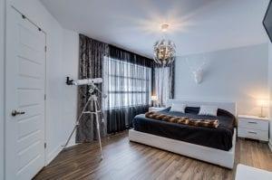 Maison Moderne Unifamiliale avec Garage | Chambre