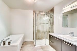 Salle de Bain | Condominium Garage non Disponible | MCL Construction